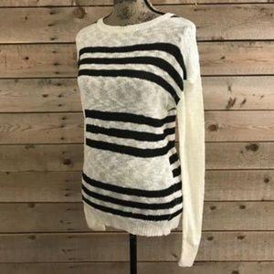 🌸 Stitch Fix Cream Black Striped  Open Knit Top